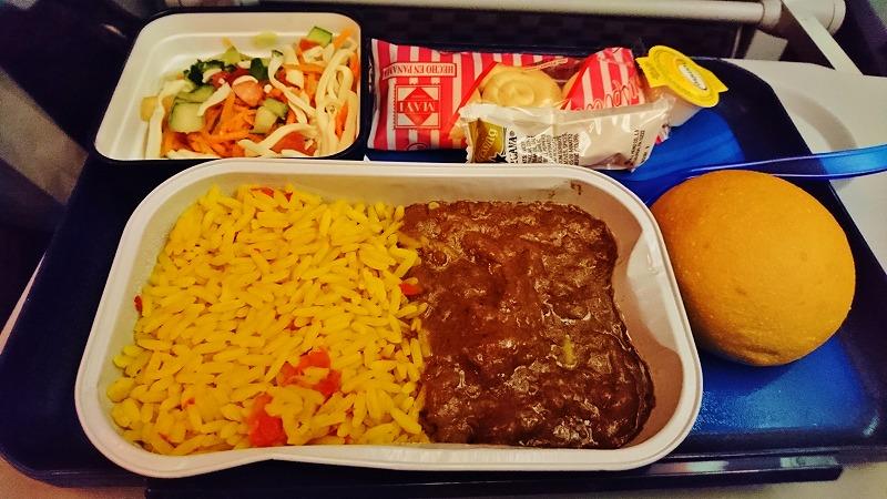 コパエアー 機内食