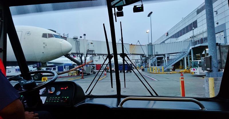 ロサンゼルス空港 LAX 乗り継ぎ デルタ航空