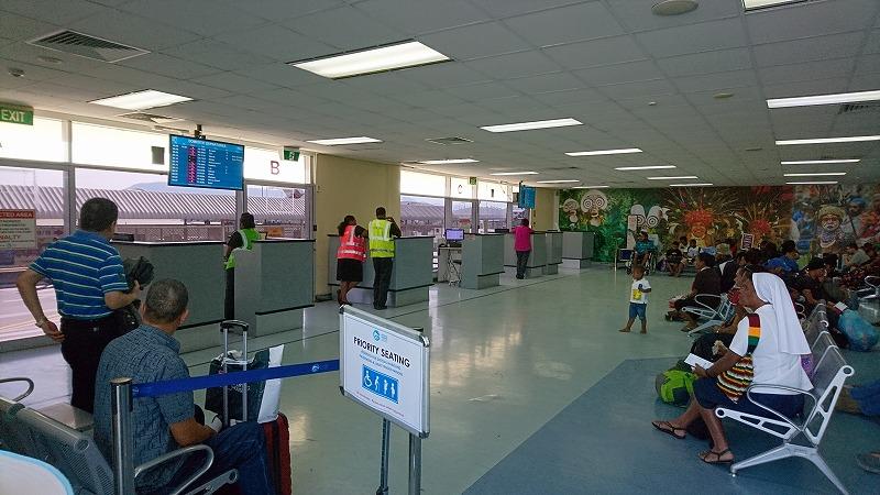 ポートモレスビー空港 国内線 出発ロビー