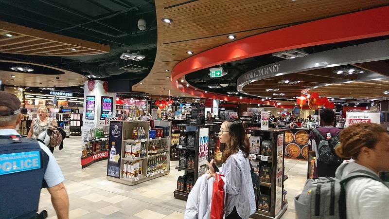 ブリスベン空港 免税店 国際線ターミナル