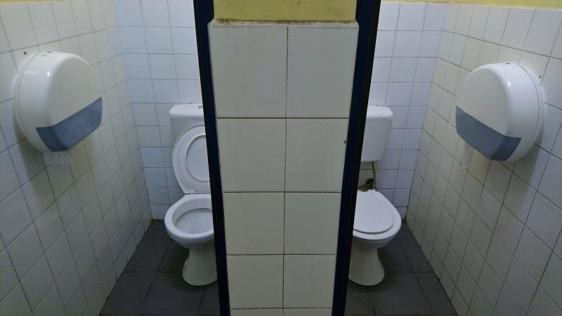 バヌアツ ポートビラ 国際空港 国内線ターミナル トイレ