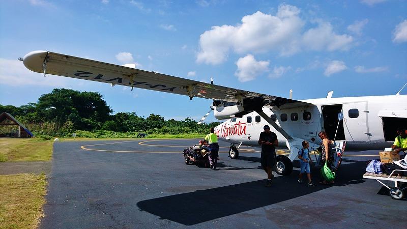 タンナ島 ホワイトグラス国際空港