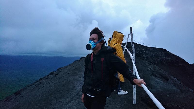 ヤスール火山 行き方